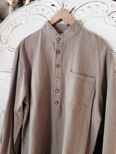 Mandarin Collar Shirt in Brown