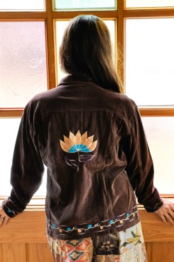 Velvet Embroidered Lotus Jacket in Brown