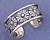 Sterling Silver Bunch Of Daisies Toe Ring