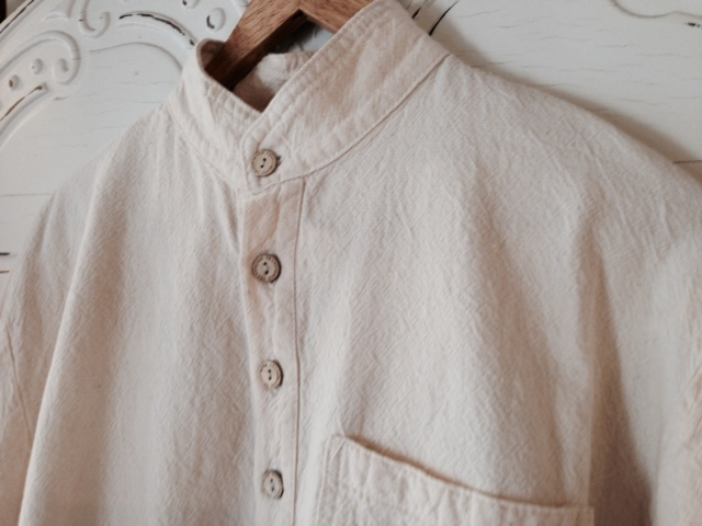 Mandarin Collar Shirt in Natural